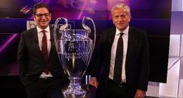 Türkiye Futbol Federasyonu Başkanvekili ve UEFA Genel Kurulu Üyesi Servet Yardımcı oluyor.