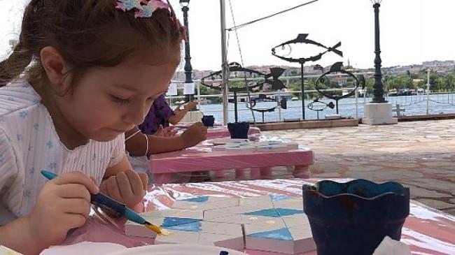 Çocuklar yaz tatilinde hem öğreniyor hem eğleniyor
