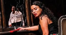"İbb Şehir Tiyatroları ""Ay, Carmela!"" Oyunuyla 6. Adana Şehir Tiyatroları Festivali'nde"